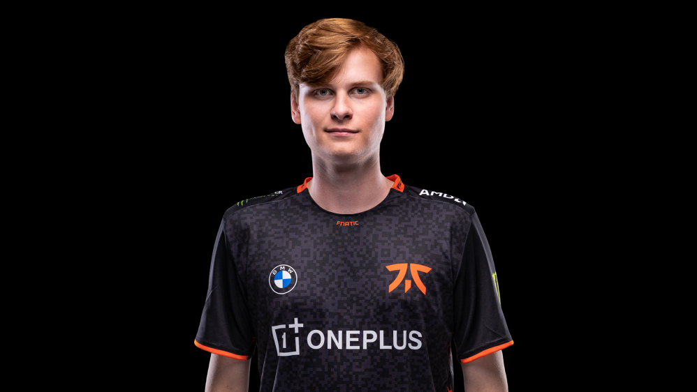 Upset signs for Fnatic - Fnatic